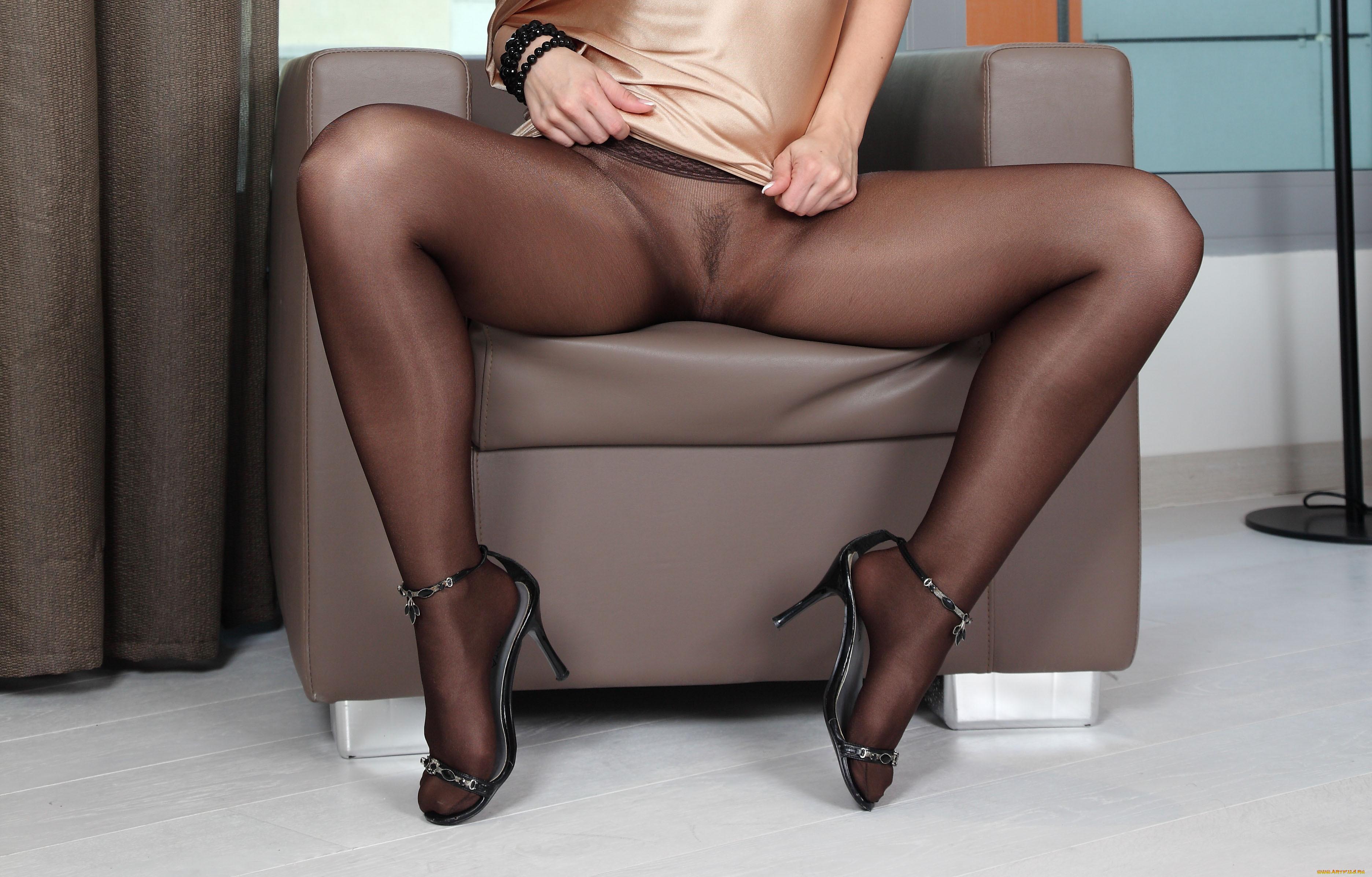 Ножки в босоножках и в капроне фото эротика, эротика толстая женщинами